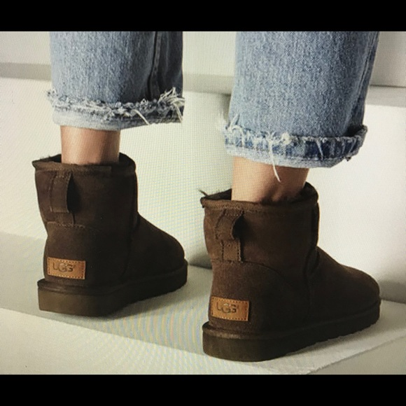 quality first official site special promotion UGG women's classic mini ll Boots in Chocolate NWT
